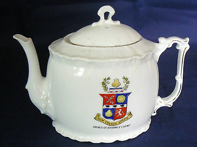 Vintage CONTINENTAL Crested China - SOUVENIR TEAPOT - BROMLEY Crest - Very Good