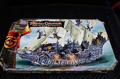 Pirates of the Caribbean Dead Man s Chest: Mega Bloks Flying Dutchman 1029