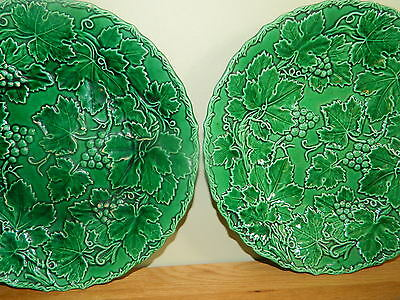Antique pair majolica plate grapes & leaves W,f Murray & CO Scotland