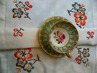 Vintage Hand Embroidered Linen Table Centre Tray Cloth Pretty Floral