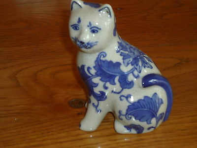 Ceramic Cat in Blue & White - Porcelain/China  - Nice Gift right