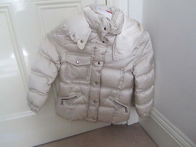 Prada down filled winter coat in cream with hood sz 4 years