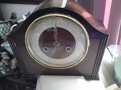 Vintage  Eight Day bentime Chiming Mantel Clock, REPAIRS OR SPARES,