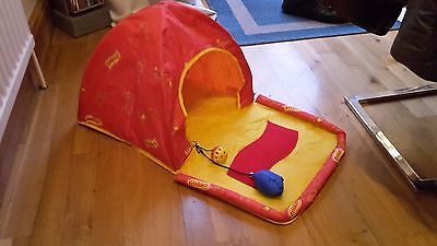 **new** Friskies Fold Down Pet Cat House/basket With Built In Toys In Red And Ye