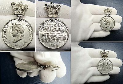 1897 Victoria Diamond Jubilee Commemorative Medal in White Metal - Very Nice!