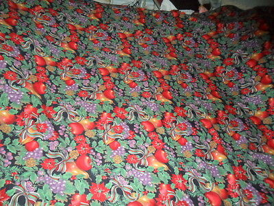 VINTAGE CHRISTMAS TABLECLOTH/ COVER-ALL-OVER Pat.FRUITS HOLLY POINSETTIA RIBBON