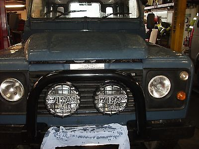 LAND ROVER DEFENDER New A BAR WITH OR WITHOUT AIR CON 90/110/130 Bull BAR A Fram