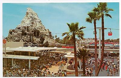 Postcard: Disneyland, USA - Tomorrowland Terrace - not posted