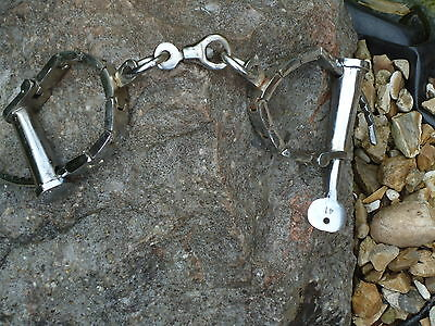 Silver Nickel Iron hand cuffs  -police-antique-army-shackles film Prop