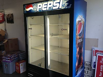 Pepsi/Coca Cola True GDM-47 Reach In Beverage Cooler