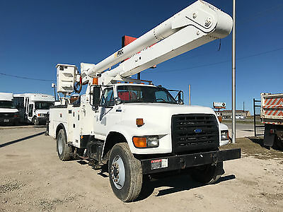 1997 Ford F800 UTILITY TRUCK W/ ALTEC ARTICULATING BOOM