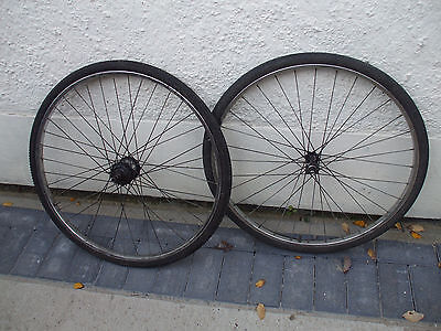 vintage  raleigh wheels with dunlop rims and tyres