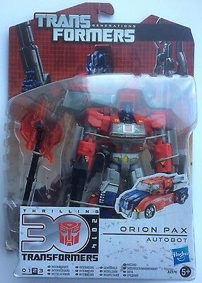 Transformers Generations / Orion Pax Autobot / Deluxe Class Figure / Hasbro 2012