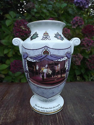 2002 Queen Mother In Memoriam The Prince's Vigil  China Vase Limited edition