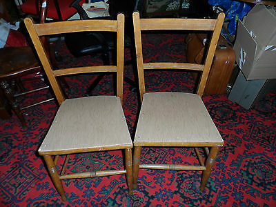 2 KITCHEN CHAIRS RETRO VINTAGE CHAIRS 1970's WOOD BACK NEED PAINTING/COVERING