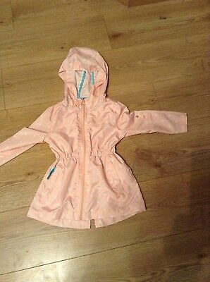 Girls raincoat, pink age 3 ~ 4 worn once