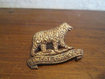 1910 35th Regiment Simcoe Foresters Gilding Metal Collar Badge - Maz. MM-126