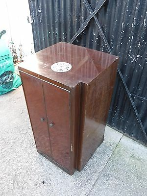 Vintage Art Deco Cupboard.