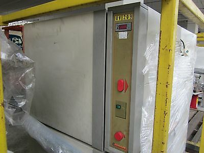 Carbolite Lab Drying / Curing Oven, model PF120,  300 deg C
