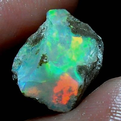 5.10 Cts Natural Ethiopian Welo Fire Opal Rough specimen Play of Color gems