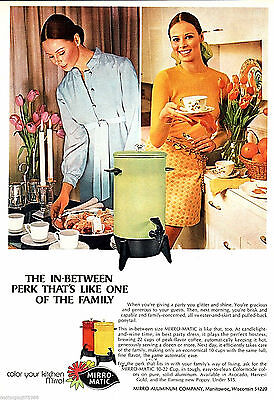 1971 Mirro Aluminum Mirro-Matic Coffee Maker Woman Candles Dining~Print Ad