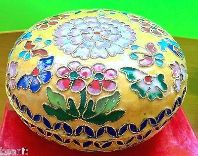 Asian Chinese Handmade Cloisonne Floral Design Round Jewellery Trinket Pill Box.