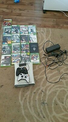 xbox 360 250gb 17 games wifi adapter 2 wireless controllers 1 charge and play