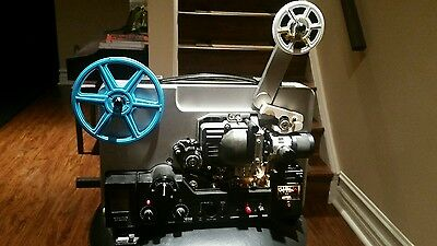Super 8 projector/ With Case