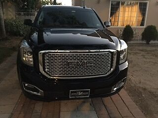 2015 GMC Yukon  GMC Yukon Loaded inside and out Excellent condition