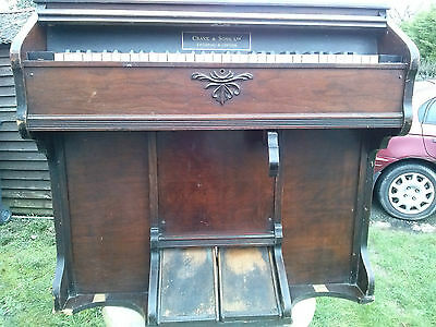 10031) Crane & Sons Antique Pump Organ 1908-10 Needs cosmetic attention REDUCED