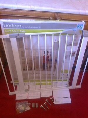 *IN LUDLOW*LINDAM SAFETY GATE*SURE SHUT AXIS**+ 2 EXTENSIONS** baby child or pet