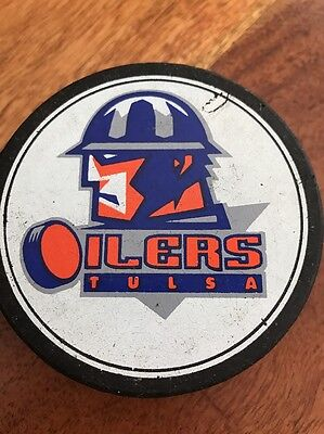 Vintage Tulsa Oilers Old Official Hockey Puck (KC)
