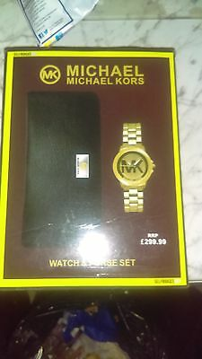 Michael kors watch coin purse gift set