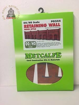 Metcalfe PO244 00/H0 Scale Retaining Wall in Red Brick