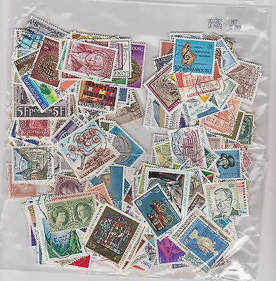 Luxembourg- Lot De  300 Timbres Obliteres