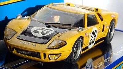 Scaletric C3211 Ford GT40 MkII Sebring 1970, NEW