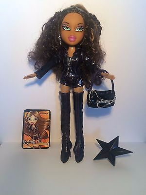 Bratz dolls Dynamite collection Nevra all original outfits clothes & acc bundle