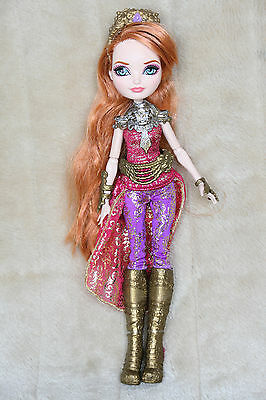 Ever After High Holly O´Hair Drachenspiele Dragon Games