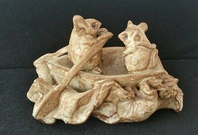 """Collectable """"MARGARATE BENNETT"""" .. WELCOMBE 3 Mice in a Boat. Handmade"""