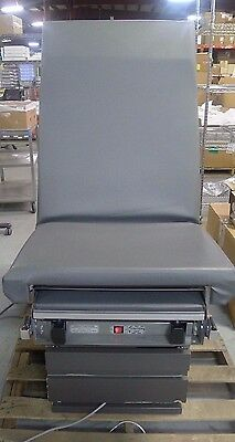 Midmark Ritter 107H Electric Gray Exam Table w/ Drawers Stirrups & Foot Pedal