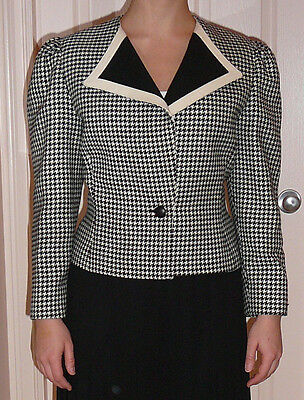 Black and white Louis Feraud vintage 1980s woolen jacket. US size 10, UK size 14