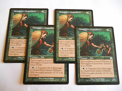 4x MTG Messaggero Guantoforte-Everglove Courier Magic EDH ONS Assalto ITA x4