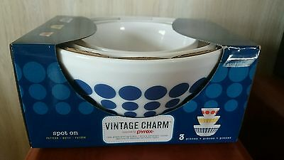 Vintage Charm Pyrex Inspired 3 Piece Bowl Set New