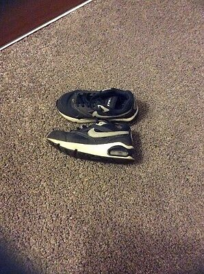 Nike Air Max Boys Trainers Size 11