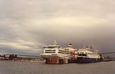 Ship/shipping Photo,ferry Photograph Of A Brittany+P&o Picture At Portsmouth.