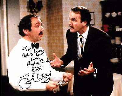 ANDREW SACHS / JOHN CLEESE GENUINE SIGNED 10x8 PHOTO - Fawlty Towers