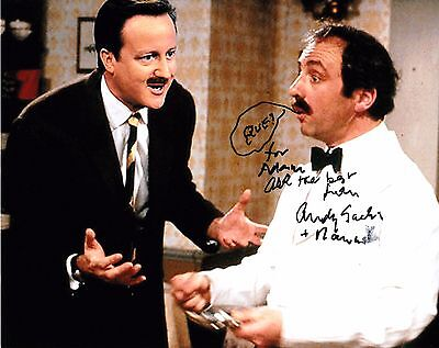 ANDREW SACHS GENUINE SIGNED 10x8 PHOTO - Fawlty Towers