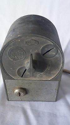 Vintage Old Coin Operated Coin-Op Mark Time Timer Collectible