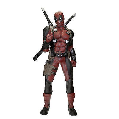 Marvel Heroes Deadpool 1/1 Foam Replica
