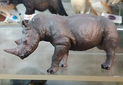 Rhino Rhinoceros Animal PVC Resin Figurine Figure 10.3cm NEW